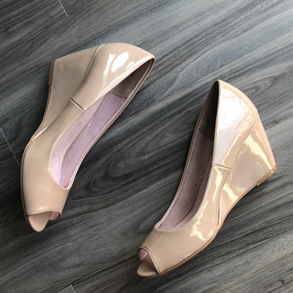 1b74259c37b2 Chinese Laundry Shoes - Nude Wedge Pump